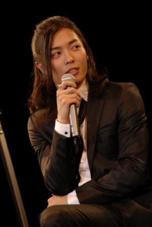 bloguenomariko081007kimujeukuofisharu-1.jpeg